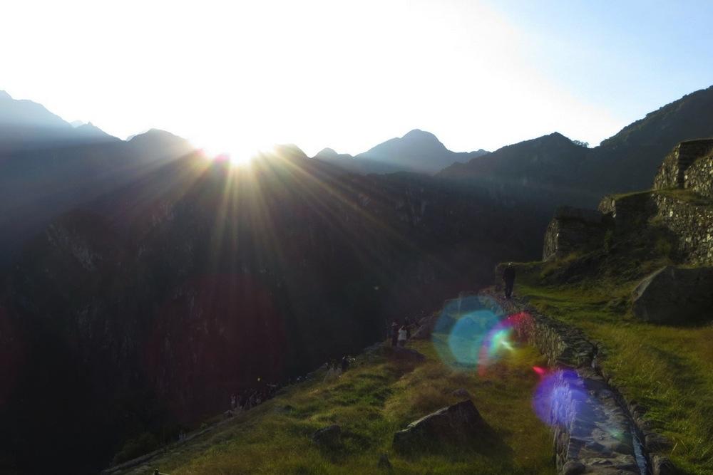 Sonnenaufgang über Machu Picchu Peru