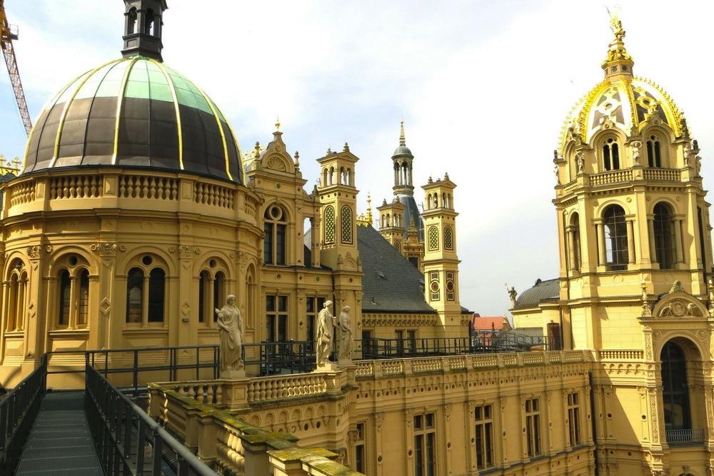 Schwerin Sehenswürdigkeiten Schloss Dach